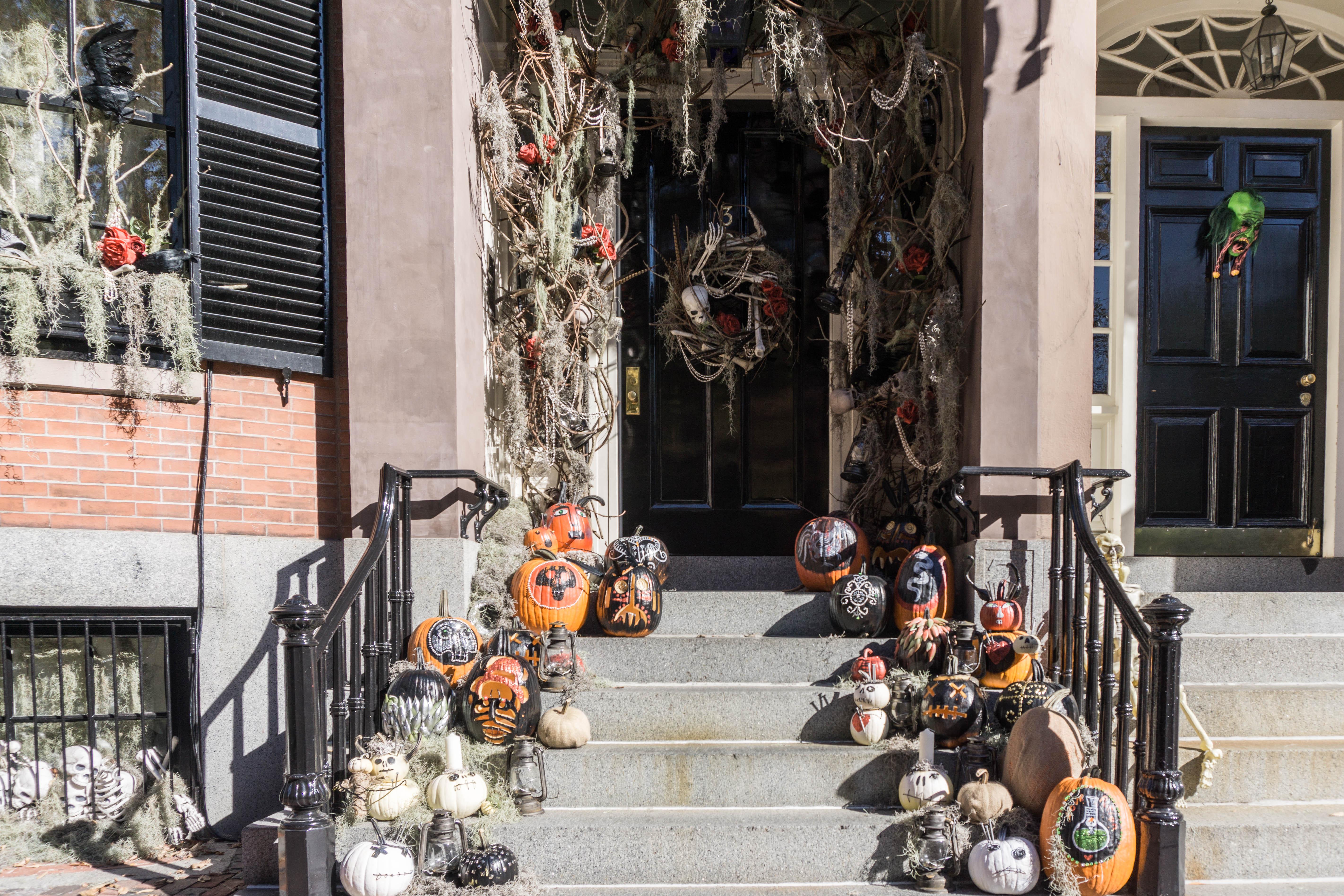 Halloween Beacon Hill (1 of 1)